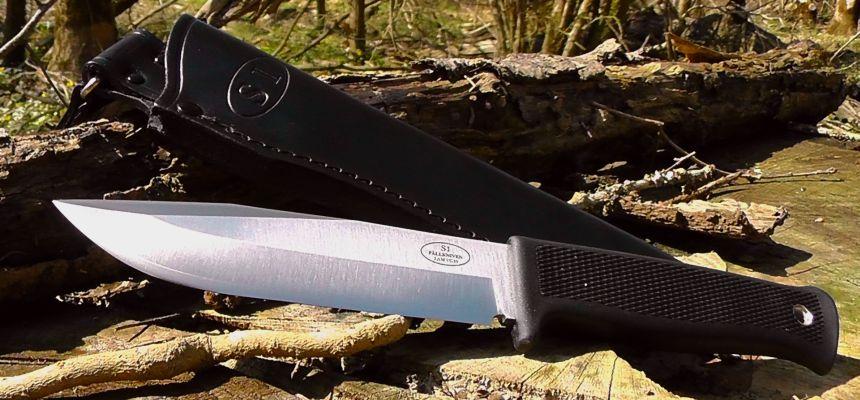 Il coltello da caccia Fällkniven S1 The Forest Knife nel suo ambiente naturale