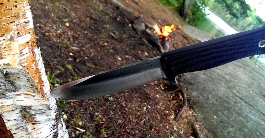 Il coltello da caccia Fällkniven S1 The Forest Knife in tutta la sua bellezza (notare lo spessore della lama)