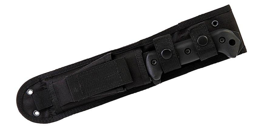 Attenzione: il BK2 con fodero in nylon si chiama in realtà BK22. Il coltello è uguale in tutto, cambia solo il fodero!