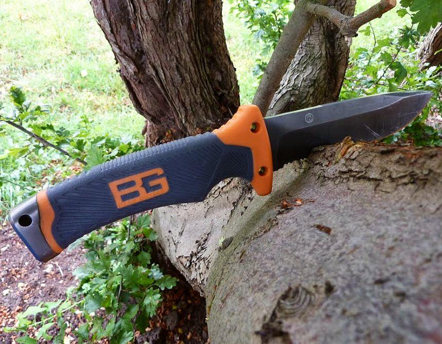 Il coltello survival Gerber Bear Grylls Ultimate Fine Edge è il compagno ideale per le vostre avventure nei boschi