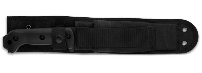 Il KA-BAR BK7 Becker Combat Utility al sicuro nel fodero in nylon