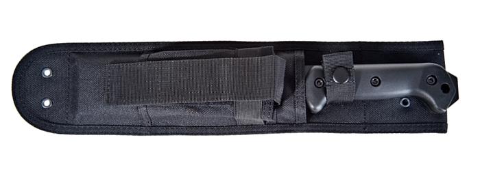 Il coltello tattico da campo Becker BK5 Magnum Camp al sicuro nel fodero in nylon rinforzato