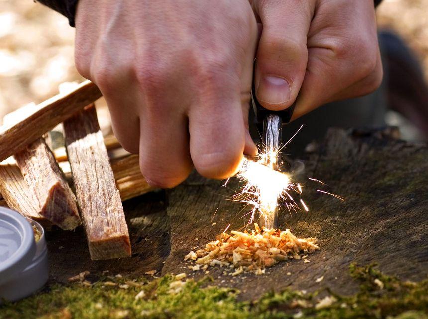 Coltelli Survival propone solo i migliori acciarini tascabili da campeggio o escursionismo, perfetti per accendere il fuoco in pochi secondi...
